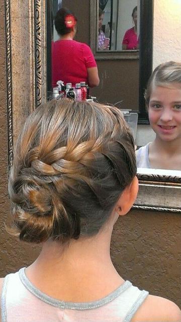 peinados de comunion para niñas con trenzas