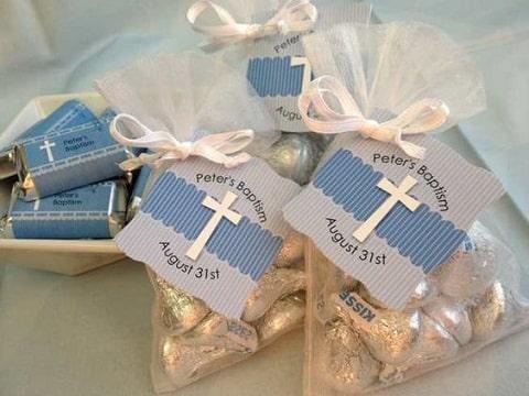 como hacer bolsitas de dulces para bautizo