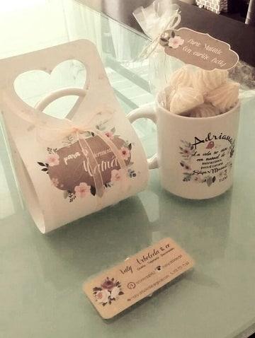 tazas decoradas para regalar con dulces
