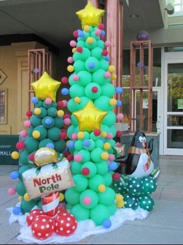 como hacer decoracion navideña con globos