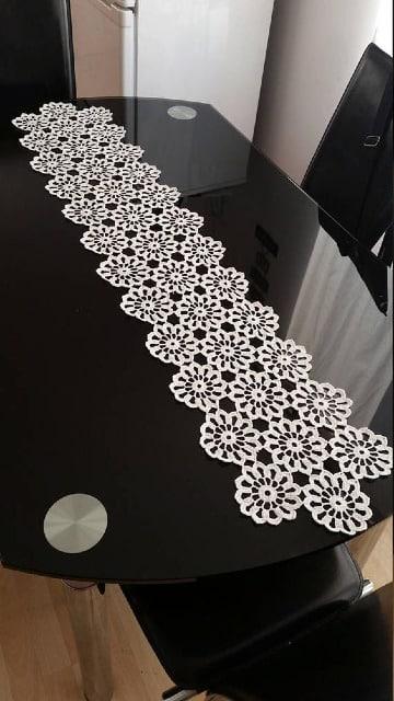 como hacer caminos de mesa tejidos a crochet