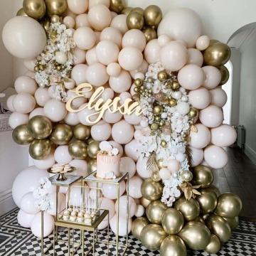 decoracion con globos metalicos para fiestas