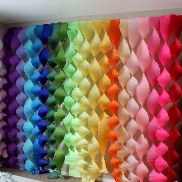 decoracion con papel crepe y globos diy