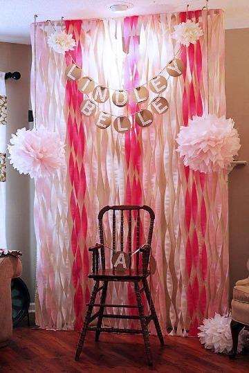 imagenes de decoracion con papel crepe y globos