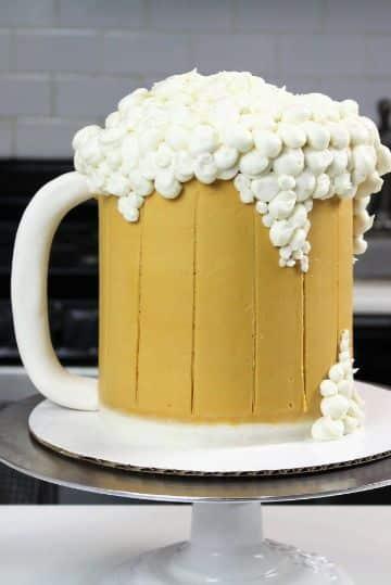 decoracion de tortas para hombres con crema