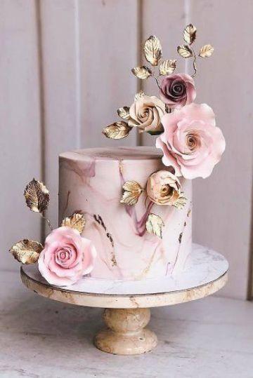 tortas de flores para cumpleaños sencilla