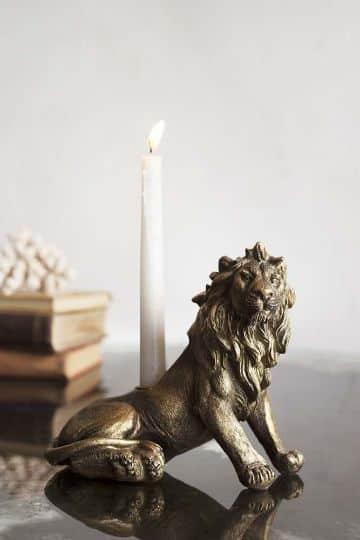 adornos de mesa con velas para la sala