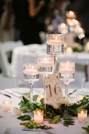 centros de mesa boda con velas y copas