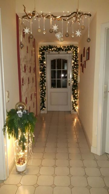 decoraciones navideñas para la casa en la puerta