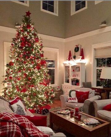 casas decoradas de navidad con rojo