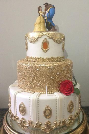 decoracion de la bella y la bestia torta