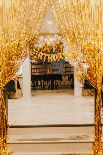 decoracion para 50 años mujer en dorado