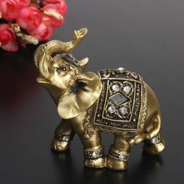 adornos de elefantes en la casa de buena suerte