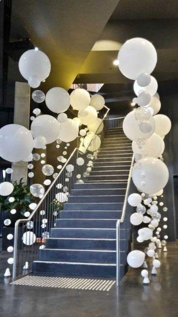 arreglos de globos para cumpleaños con luces
