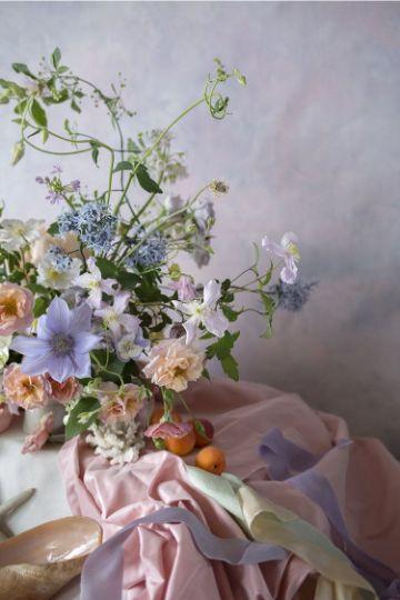 decoracion con flores naturales para centro de mesa