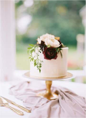 decoracion con telas y flores para matrimonio