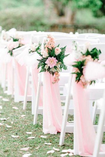 decoracion con telas y flores para mesas