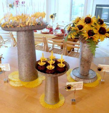 decoraciones para fiesta de girasol en centro de mesa