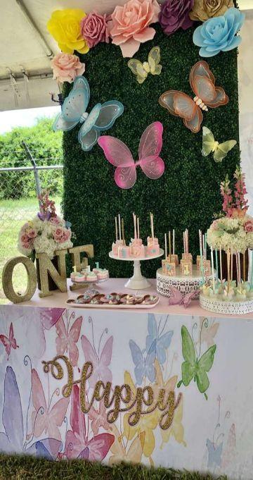 mariposas para decorar cumpleaños al aire libre