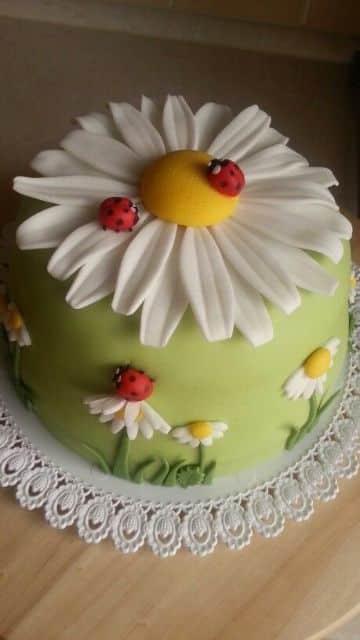 tortas infantiles para niños con flores