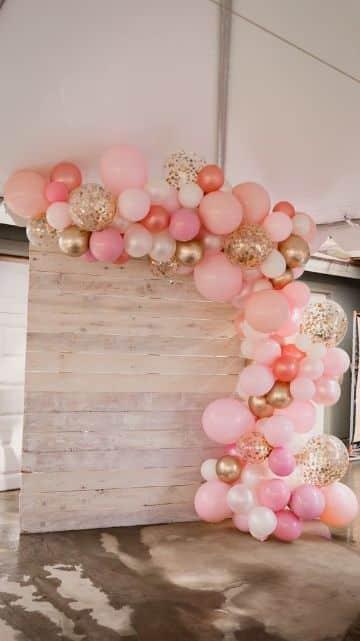 decoraciones para baby shower de niña con globos