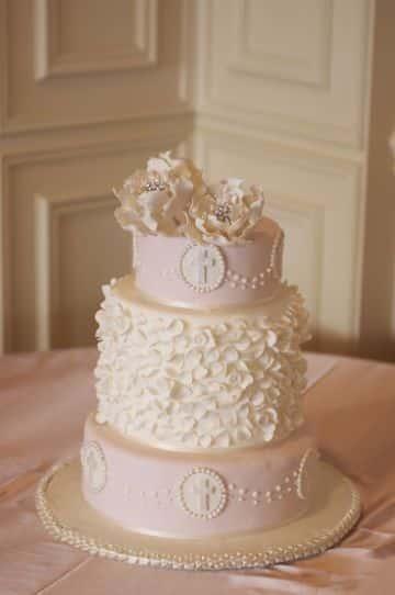 tortas de primera comunion para niña de fondant