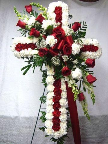 arreglos florales funebres con flores rojas