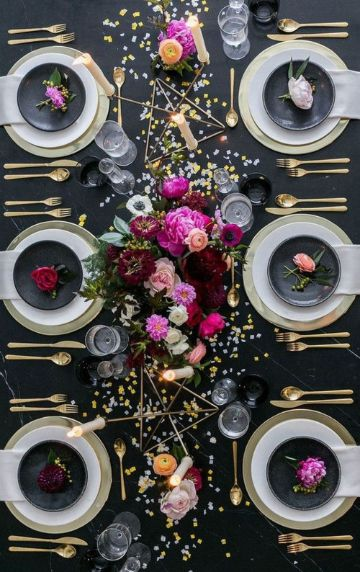 decoracion de mesa para 15 años con flores