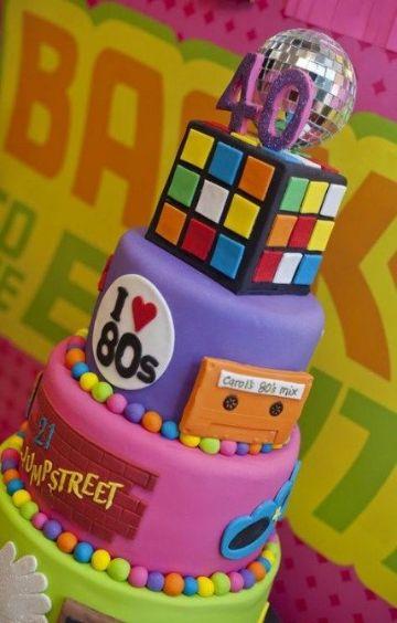 pastel de fiesta tematica de los 80