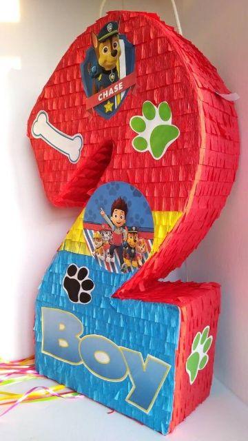 cumpleaños con piñatas de paw patrol