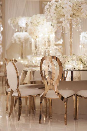 mesas de bodas de oro matrimoniales