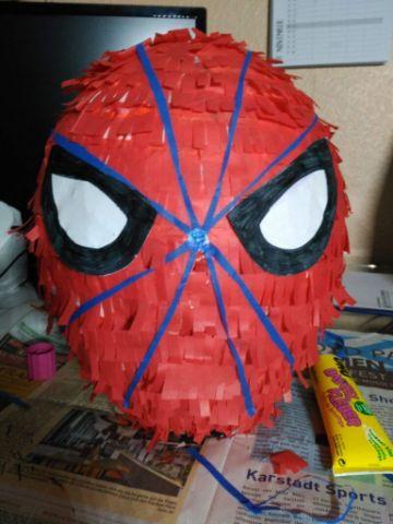 piñatas del hombre araña para niños