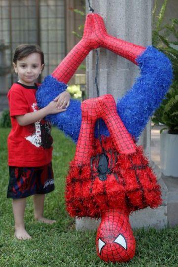 piñatas del hombre araña profesionales
