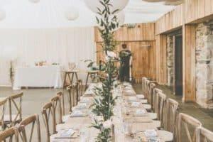 Estilos de centros de mesa con globos para boda