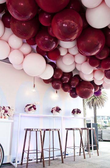 decoracion de techos con globos para celebraciones