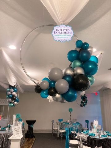 ideas para decoracion de techos con globos