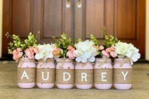 4 ideas de mesas decoradas para bautizo de niña