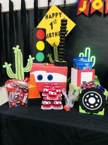 ideas para una mesa de dulces de cars
