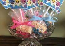 4 estilos para hacer mesa de dulces baby shark