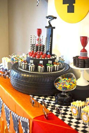 mesa de dulces de cars para niños