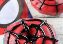 4 estilos de mesa de dulces spiderman para inspirarse