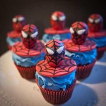 tipos de dulces para mesa de dulces spiderman