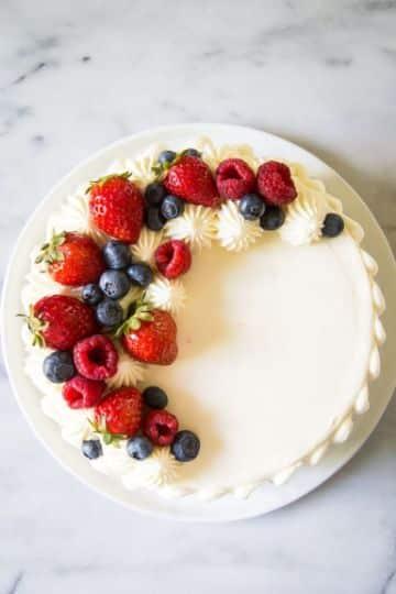 tortas de chantilly para niños con frutas