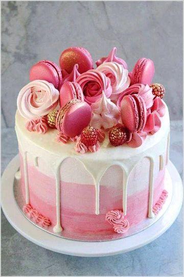 tortas para niñas en crema con macaroons