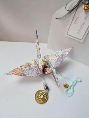 adornos colgantes de papel origami