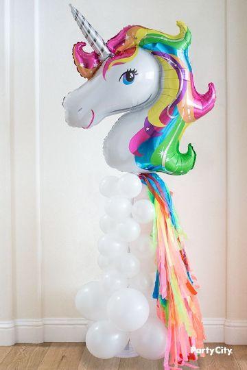 arreglos de unicornio con globos para cumpleaños