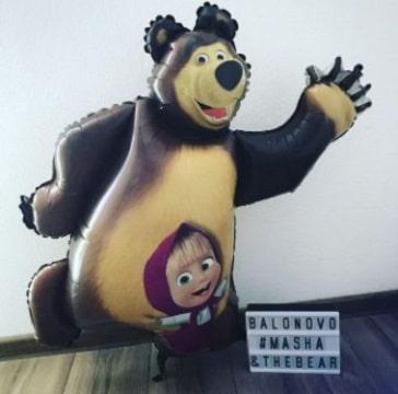 decoracion con globos de masha y el oso para cumpleaños