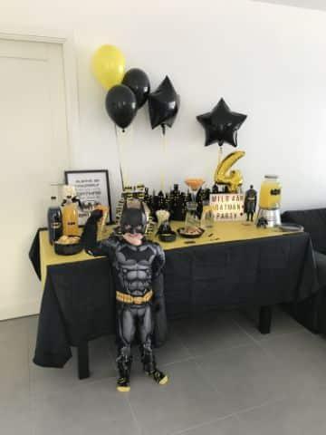 decoracion de batman con globos para departamentos