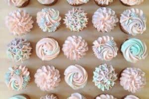 4 ideas para hacer cupcakes para bautizo de niña