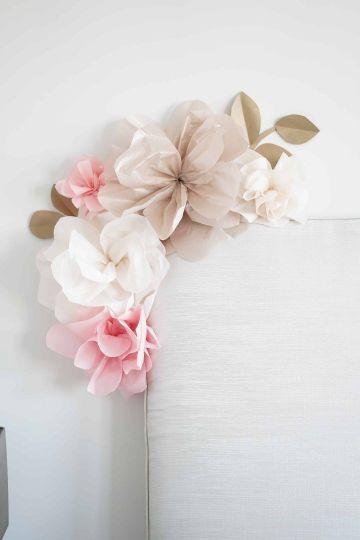decoraciones con flores de papel practicas